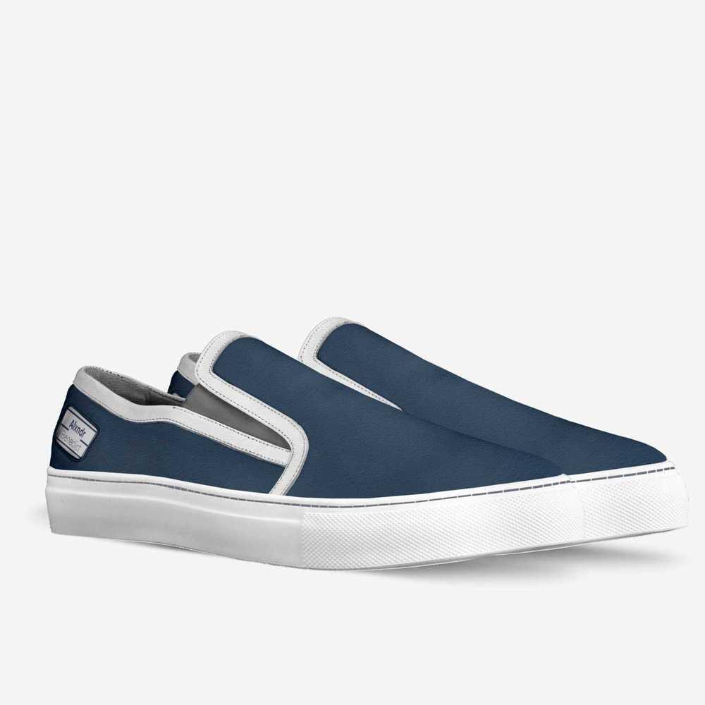Majestyc-shoes-double_quarter-c0b7d1790de0f8481240ecacedfd4d4
