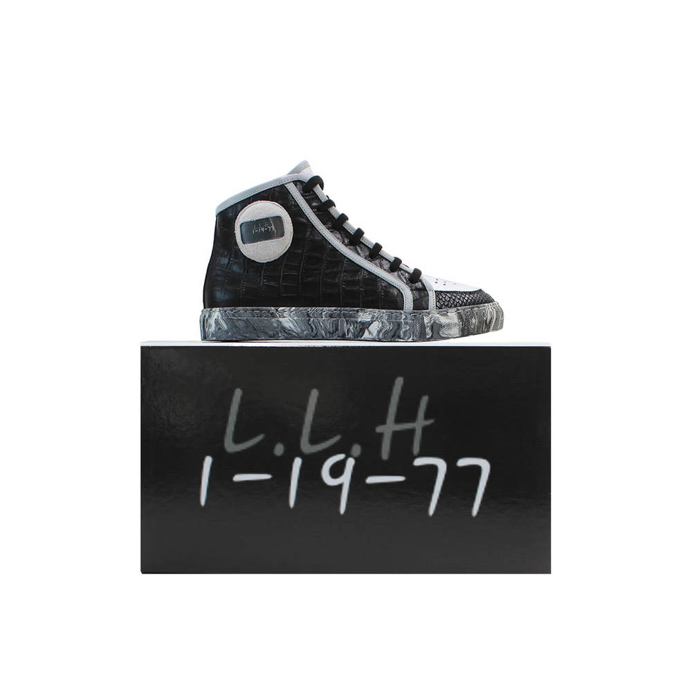 9_-_shoe_over_box-b765d59321c3d09ce9b2cb4d4f310e3