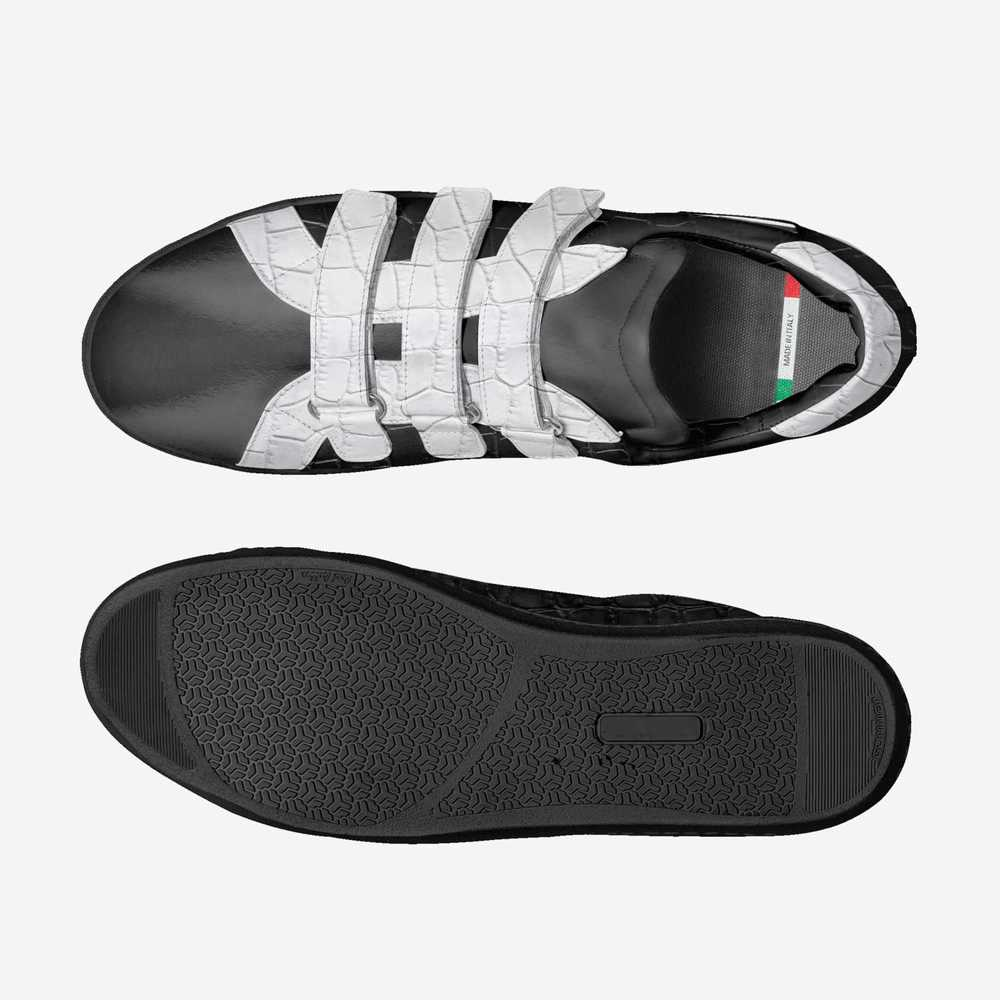 Mel's-shoes-top_bottom-ae1cf2934e1739697ba3132a6ddd5f0