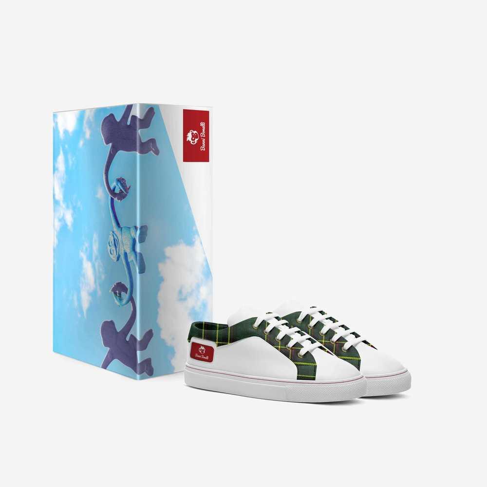 School_season-shoes-with_box-51d02ddc9eff3c4781d1af81f9e6270