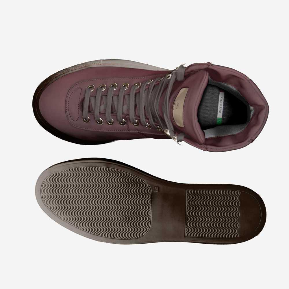 Fos-shoes-top_bottom_(2)-071c04aebc20c4370d1ff5e6460c511