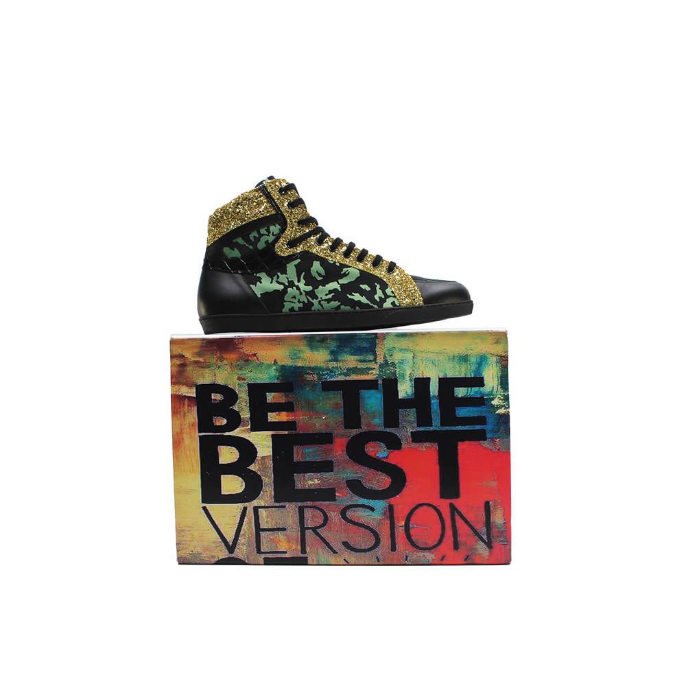 9_-_shoe_over_box-890d16956d4f711f3ec28c7d337dac9