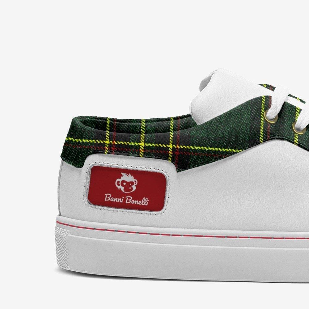 School_season-shoes-detail-51d02ddc9eff3c4781d1af81f9e6270