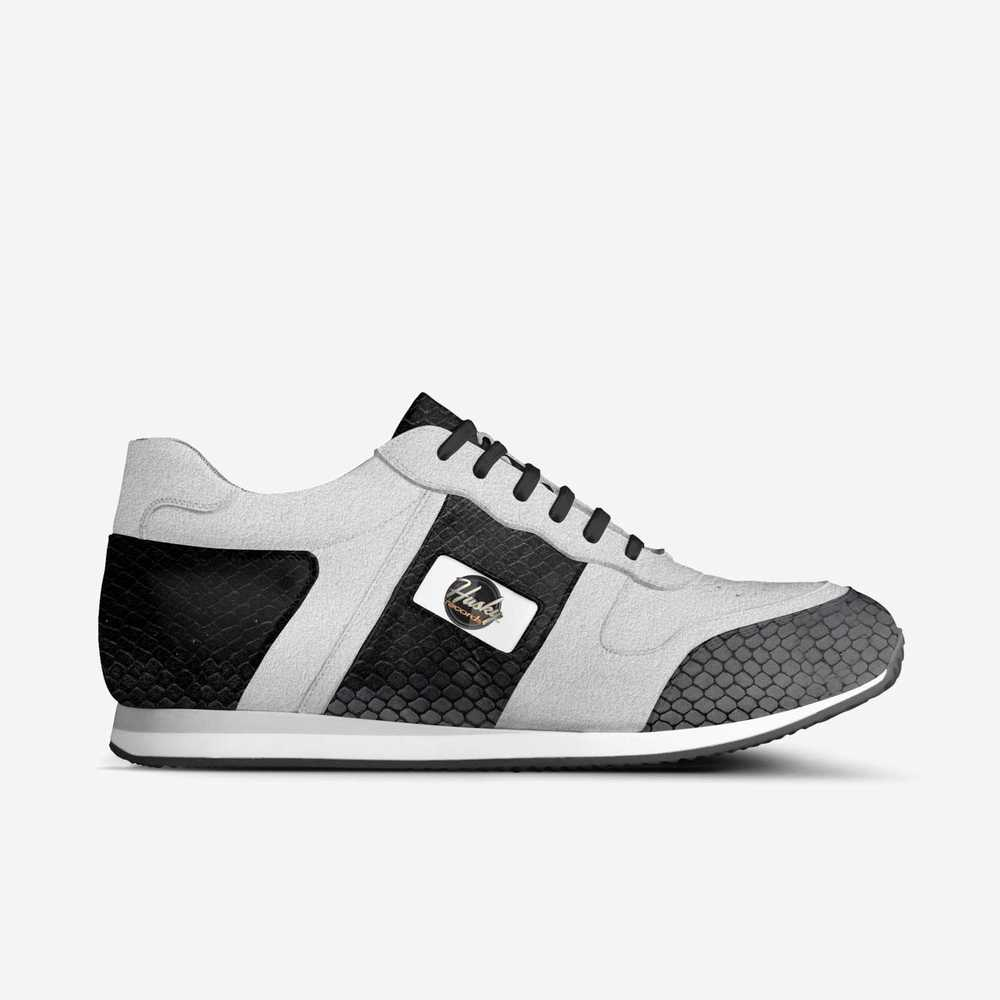 Husky_runnerz__b_w-shoes-side-7929c7545b30cddb72302bc773cf69b