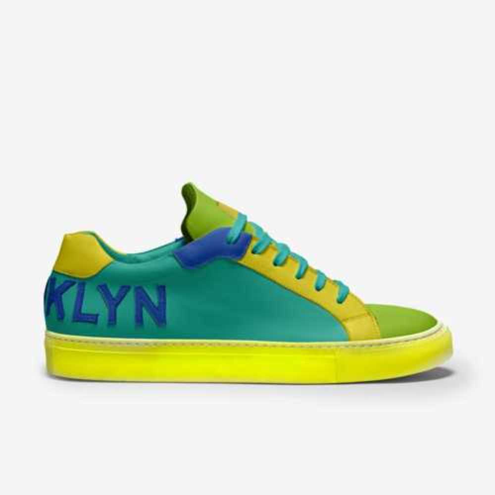 News-shoes-side_(2)-f9443dc088ebf3a563a4879d39e5421