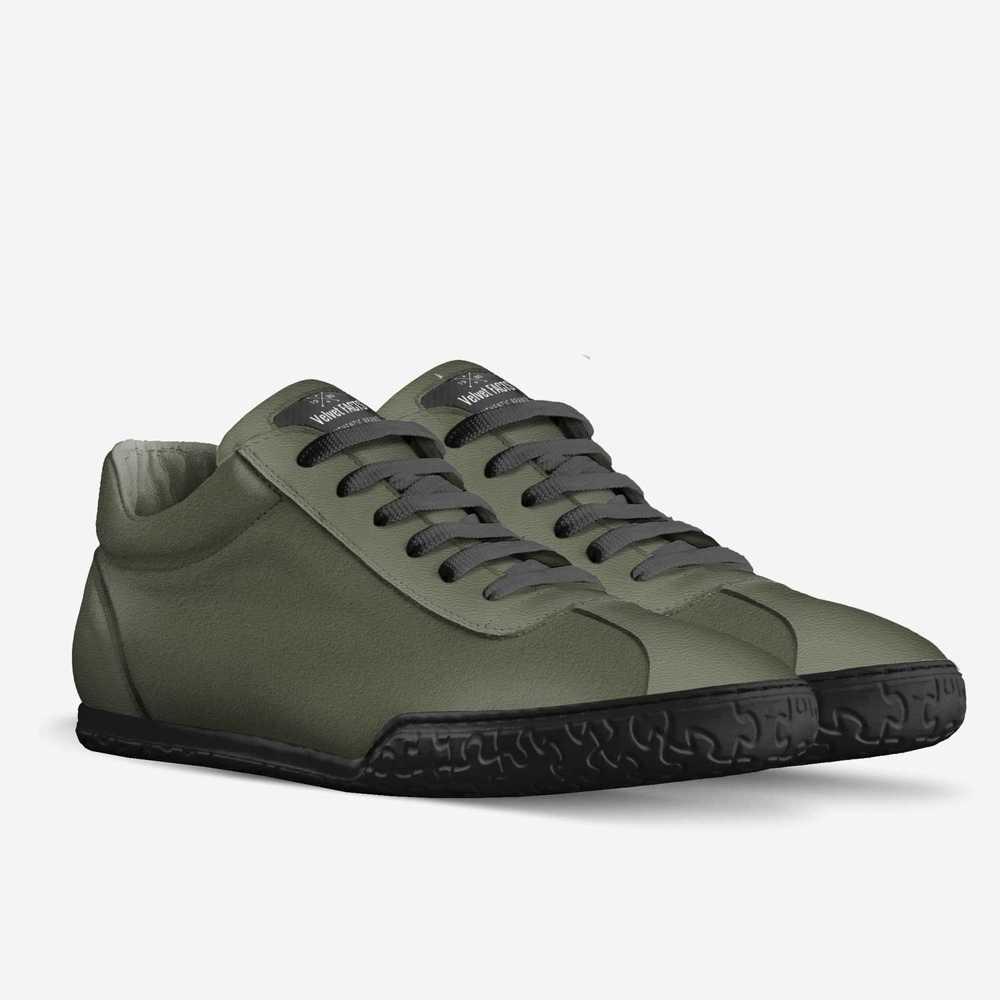Velvet_facts-shoes-double_quarter-0765efdf4ca4bb0e16497fa22624348