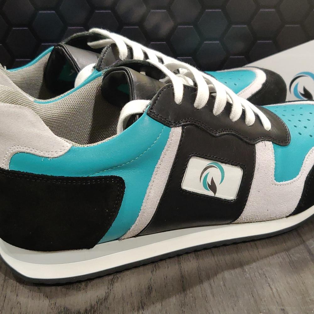 Q_global_sneaker_complete-9c04aaaf5ae7933165e18049f1728d4
