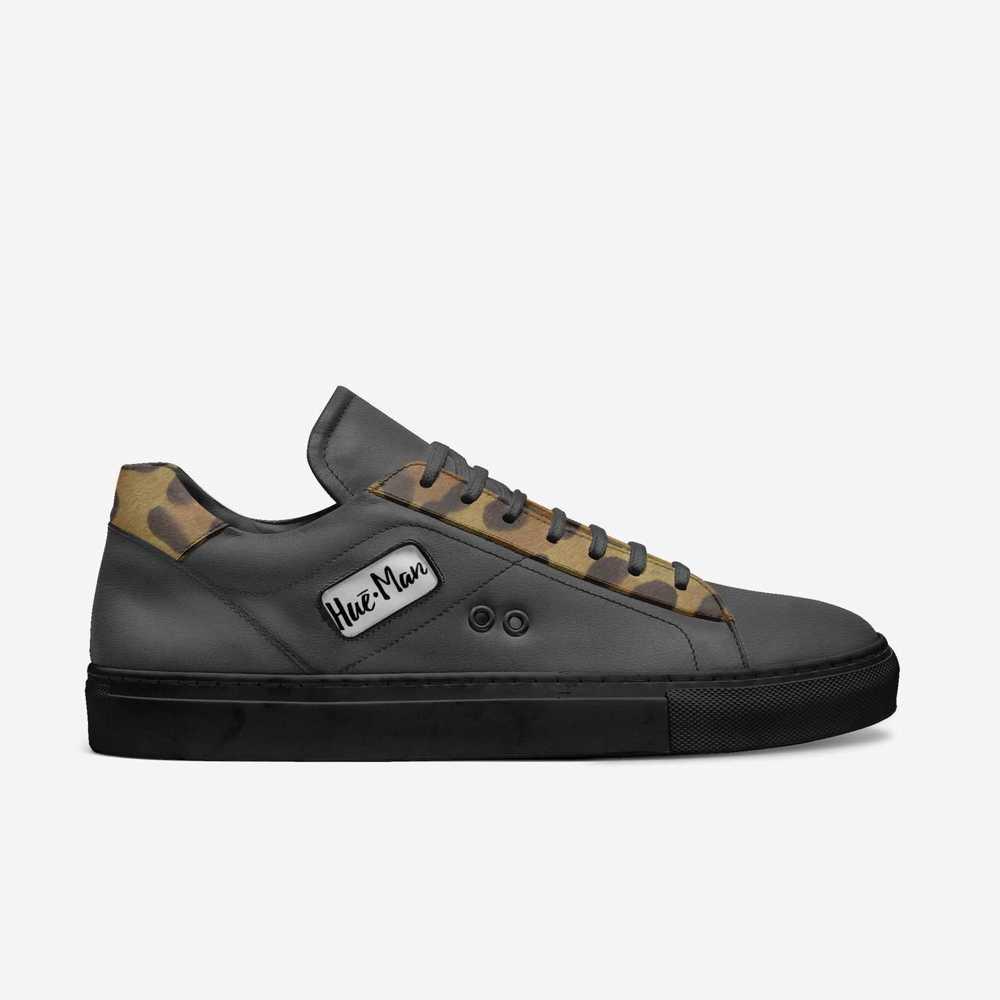 Hue-man-shoes-side_(9)-a10d6ce759617c2348c0755661b55f1