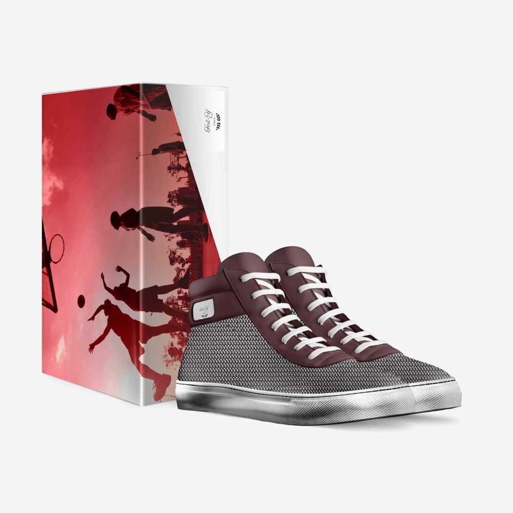 Fort-y-shoes-with_box-361cbd24d04ce713e92d17fd2f1354a