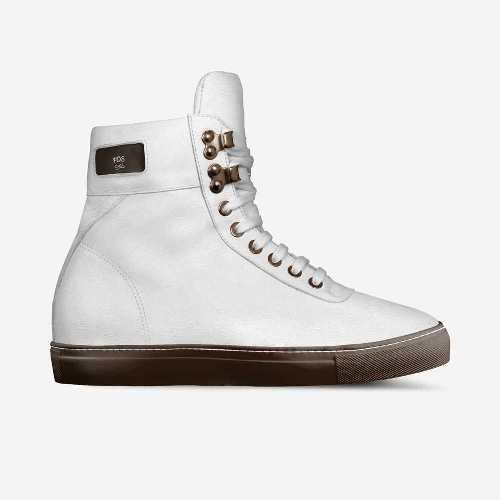 Fos-shoes-side-071c04aebc20c4370d1ff5e6460c511