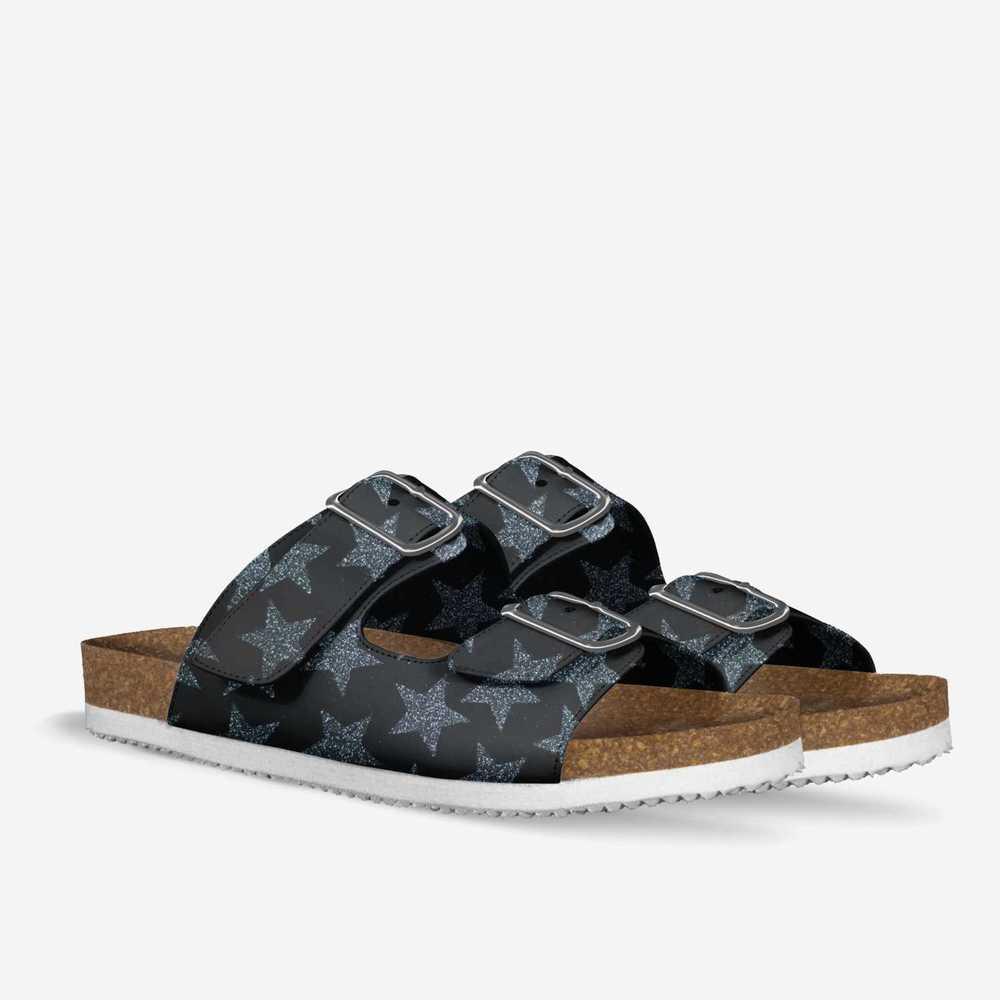 Pats-shoes-double_quarter-d2560d09e68fe2014dc62387e5ad11a